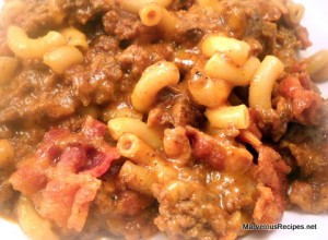 Cheesy Beef Bacon Chili Dinner
